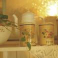 花柄のブリキ缶