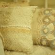 Aさん作、モヘアで編んだクッションカバー